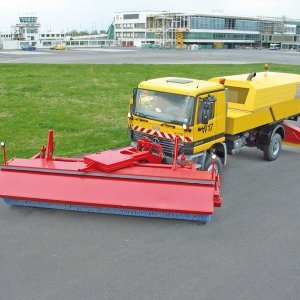 CFB-Compact-Jet-Sweeper
